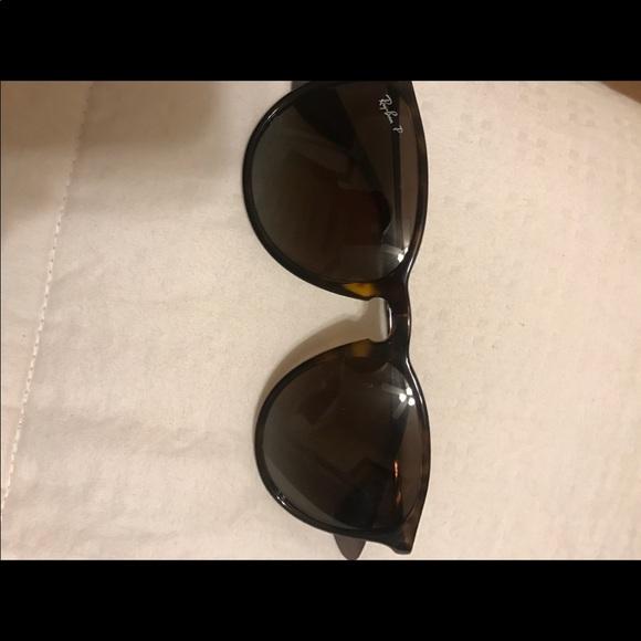 dc56b5762e Polarized Ray-Ban Erika Brown Sunglasses. M 5c75e2cabaebf6fa03073403